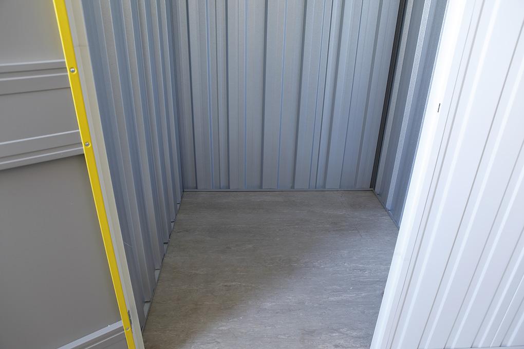 25 sq ft storage
